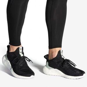 Adidas alphaboost